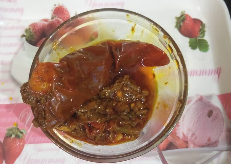 25 Minute Recipe of Spring Red Chilli Pickle
