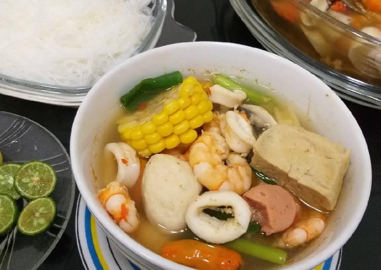 Tom Yam seafood ala saya