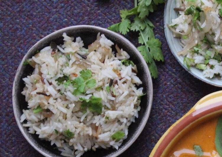 Steps to Make Most Popular Fried shallot and coriander rice