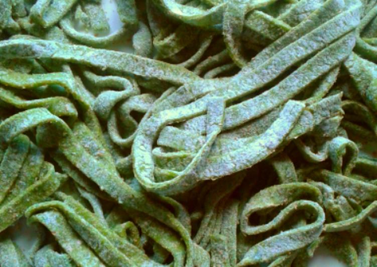 Tagliatelle verdi (ricetta light)