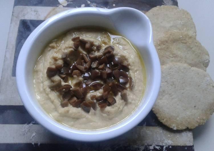 Hummus de Garbanzos con Aceitunas