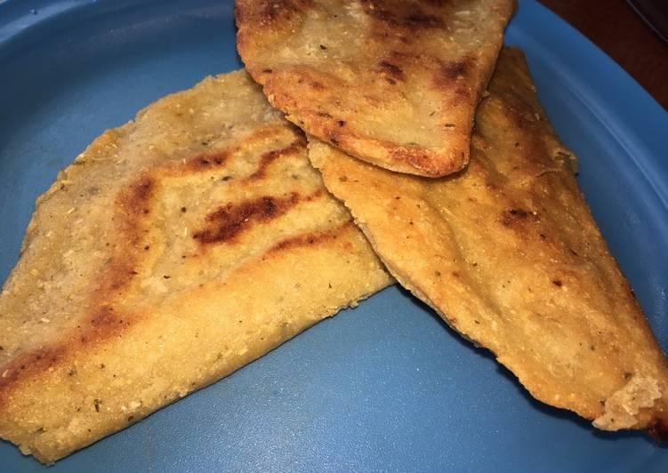 Empanadas con queso y frijoles