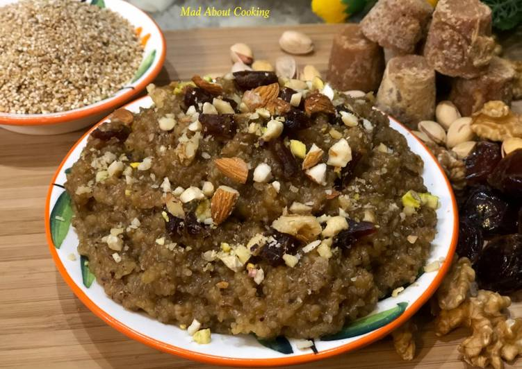 Lapsi (Broken Wheat Dates Jaggery Pudding) – No Sugar Dessert