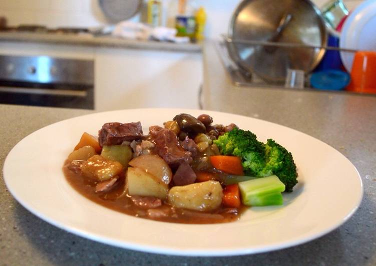 Slow cooker beef and vegetables
