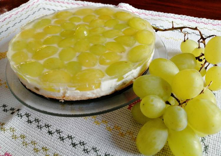 Cheesecake all'uva bianca