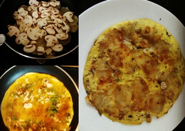 Mushroom Omelette with Sliced Potato.