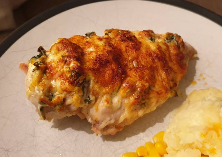 Philedelphia and Spinach Hasselback Chicken
