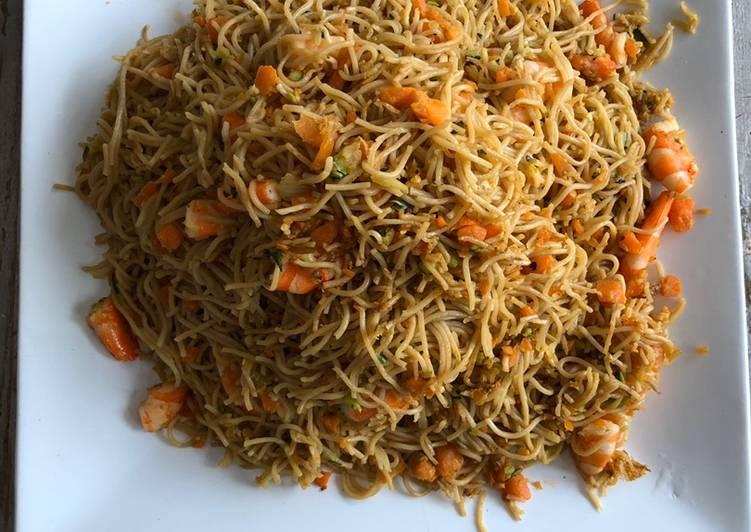 Comment Cuisiner Nouilles sautées aux légumes et crevettes 🇨🇳