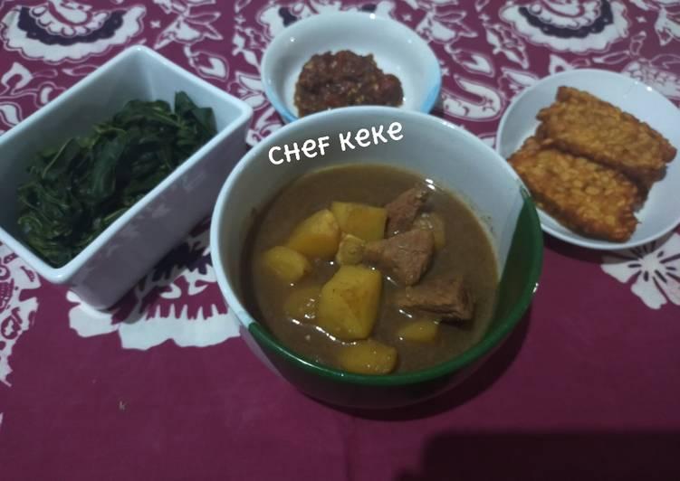 Resep Semur daging dan kentang ala keke Yang Populer Bikin Ngiler