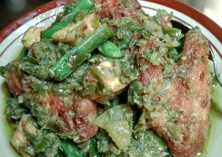 Chicken wings lado mudo/cabe ijo with tahu&buncis