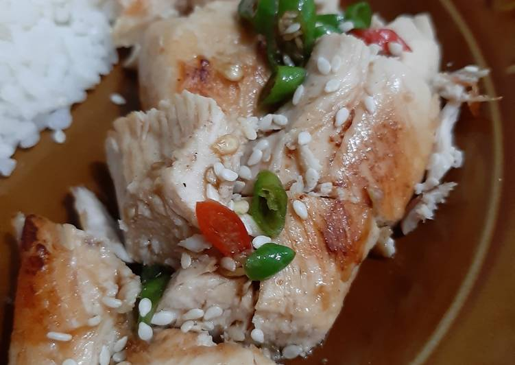 Nasi Ayam Hainan Sederhana