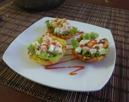 cassava cup-salad tuna mayo (singkong cup salad tuna mayo)