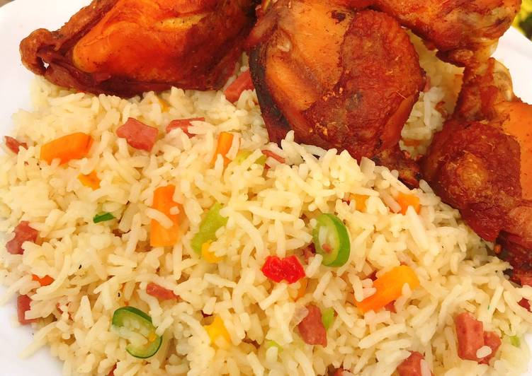 Stirred fried rice and fried chicken