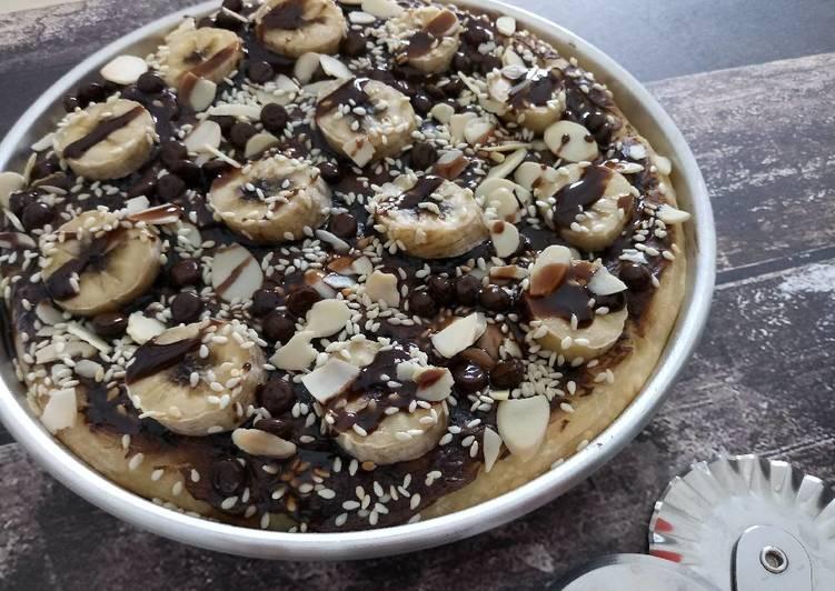 Banana Choco Pizza (Dessert/Sweet Pizza)