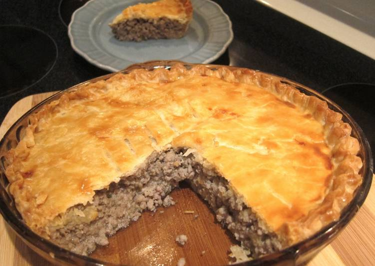 Step-by-Step Guide to Make Homemade Tourtiere Quebecoise (meat pie)