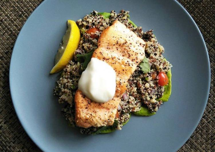 Pan-seared Salmon w Mediterranean Quinoa Salad