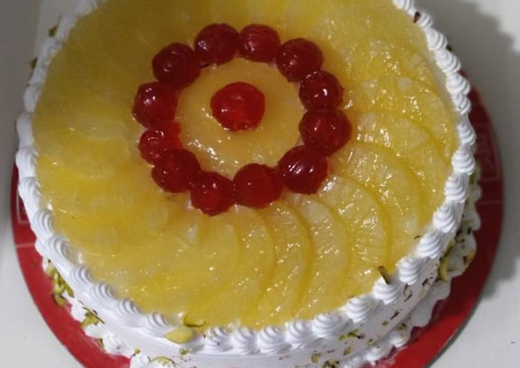 Cream pineapple cake 3 pounds