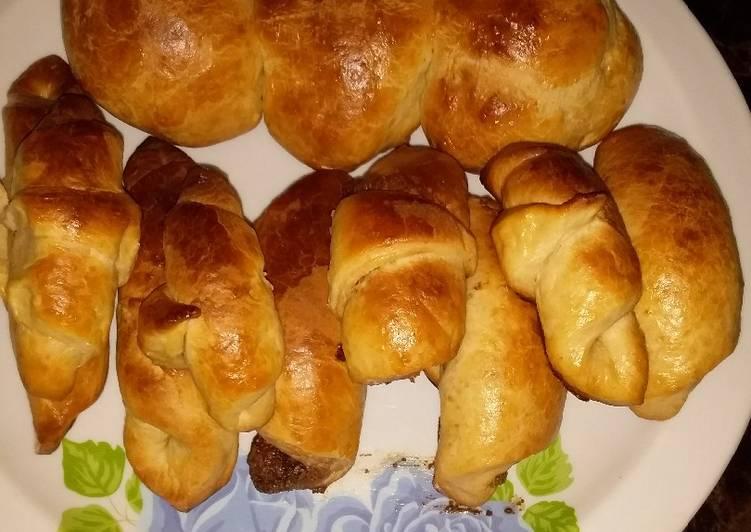 Nutella stuffed croissant