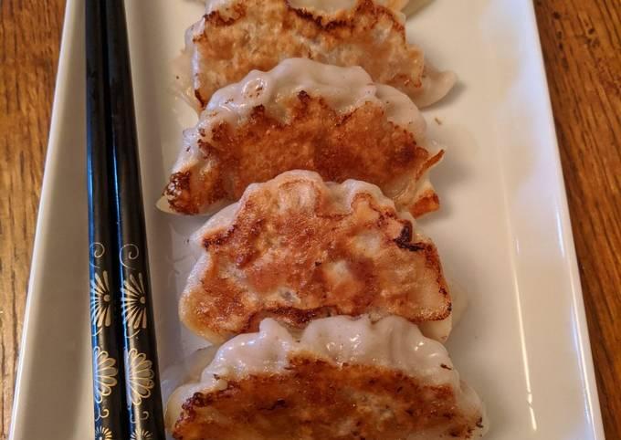 Yaki Gyoza (Fried Dumpling) #newcookschallenge