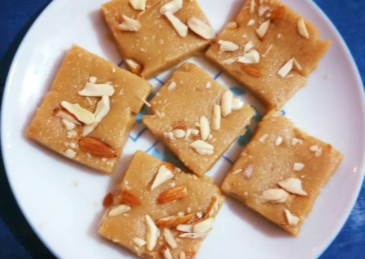25 Minute Recipe of Fall Sukhdi(God Papdi)