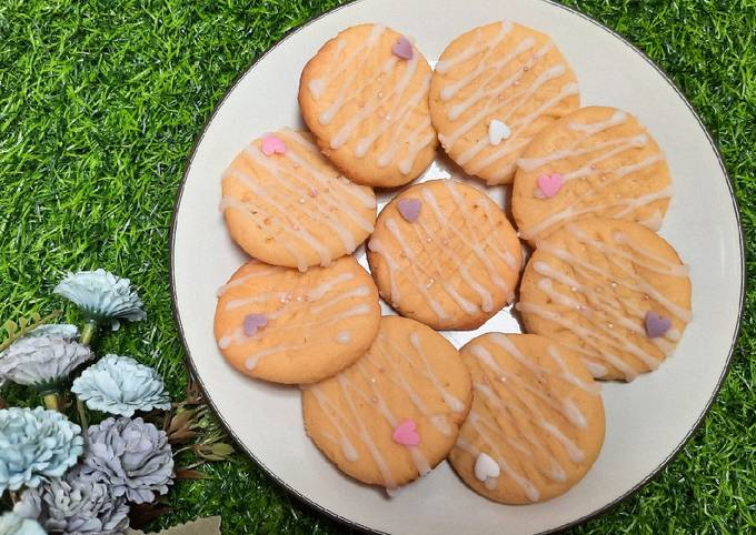 Cream Cheese Cookies with Lemon Icing