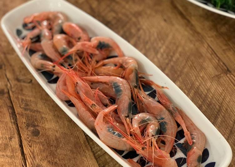 Steps to Make Favorite Eat raw, small red prawn
