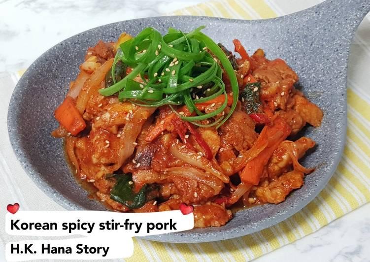 Korean spicy stir-fry pork(Jeyuk bokkeum)