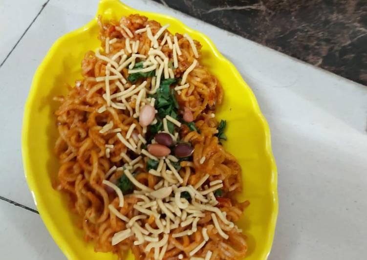 Quick and Easy Recipe: Tasty Veg aata maggi bhel