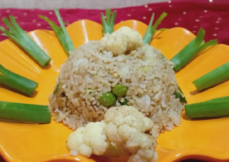 How to Improve Your Mood with Food Cauliflower Fried Rice