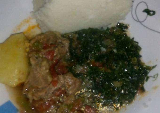Stewed meat, skuma wiki and ugali
