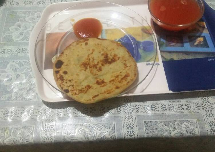 Stuff parantha and tomato soup, Helping Your To Be Healthy And Strong with Food