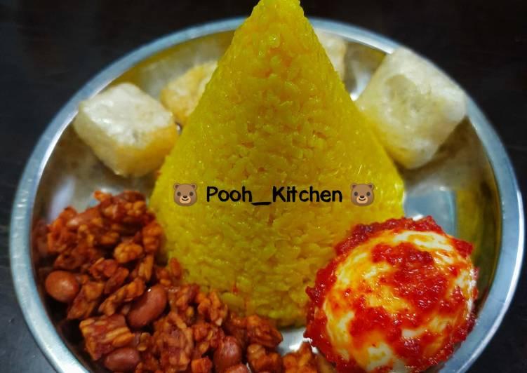 #19 Nasi Kuning Tumpeng Mini