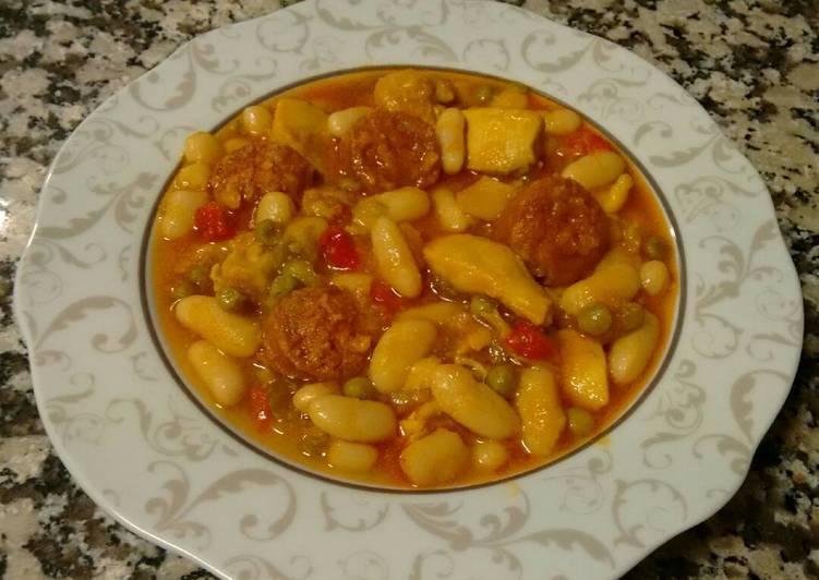 Alubias Blancas Con Pollo Y Chorizo Receta De Rosario Cookpad