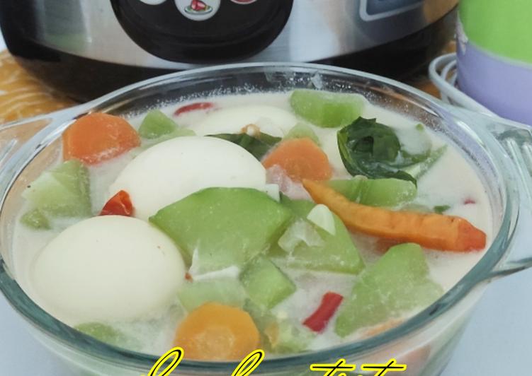 Sayur Lodeh Labu Siam Wortel