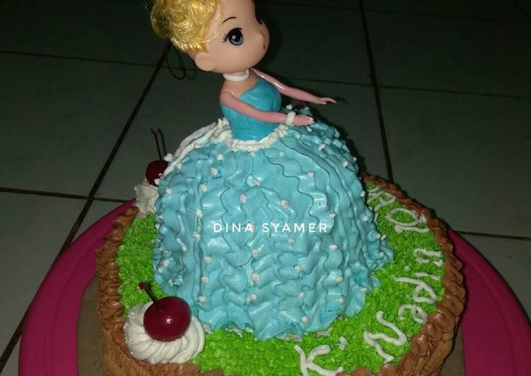 Resep Birthday Cake Barbie Oleh Dina Syamer Syofia Cookpad