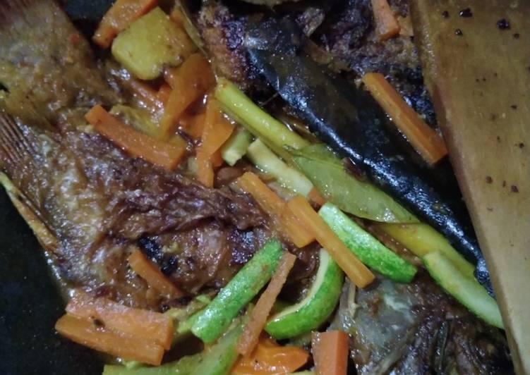 Ikan Nila Bumbu Acar Kuning - cookandrecipe.com