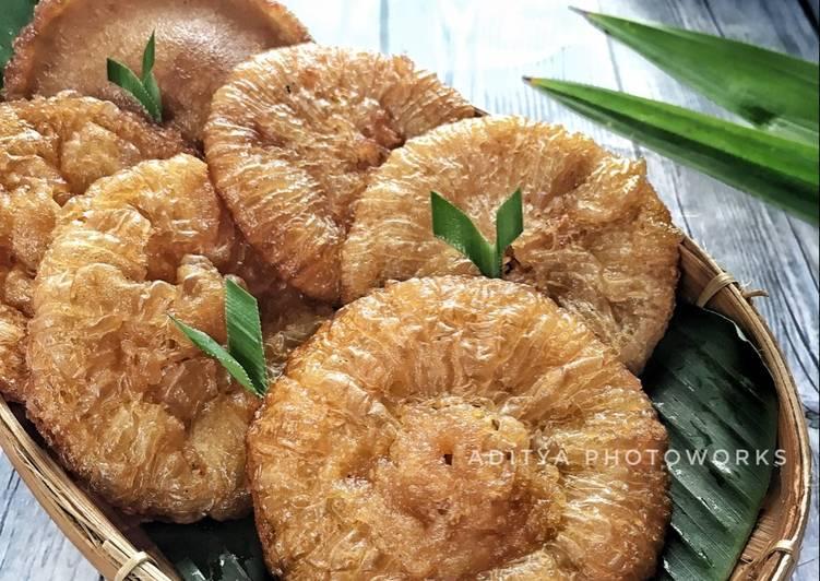 Resep Kue Cucur Gula Merah Empuk Oleh Aditya Damayanti Cookpad