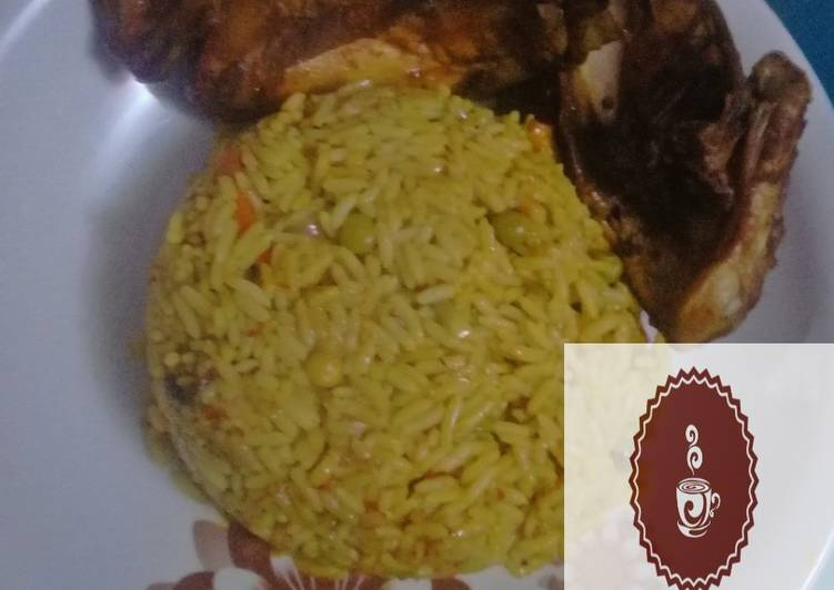 Tumeric Jallop Rice with chicken wings