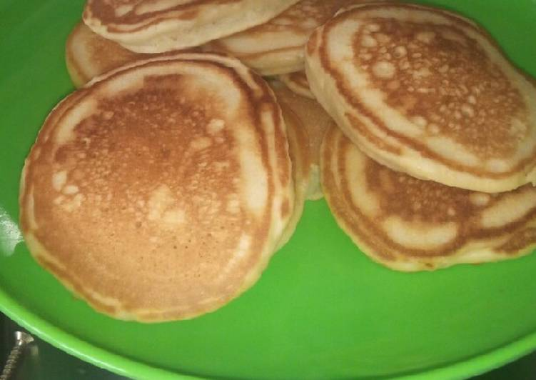 Soft Delicious Fluffy Pancakes