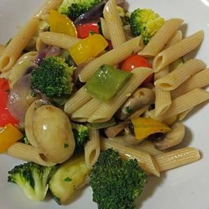 Plumas integrales con verduras y soja