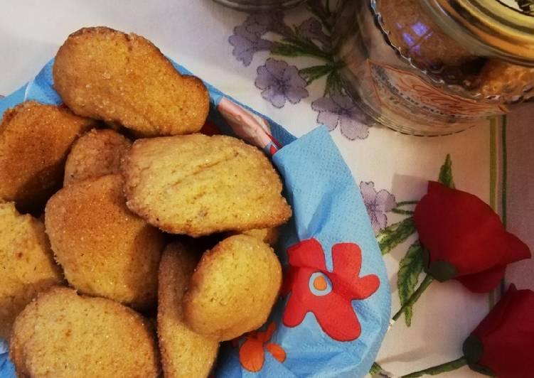 Ricetta Biscotti alle mandorle e miele senza uova e burro