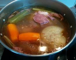 Caldo de carne (cocido o consomé)