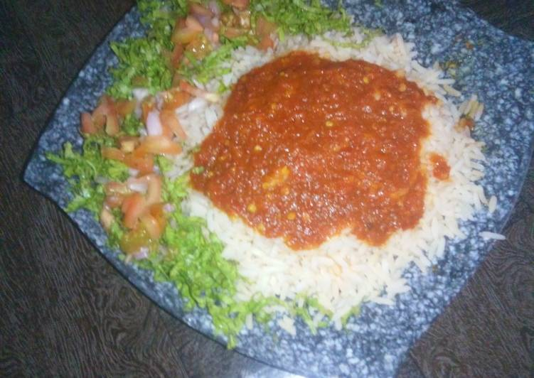 Steps to Prepare Perfect Rice and stew with lettuce salad