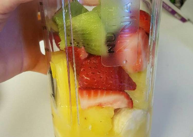 Ashlee's Fruitful Smoothie