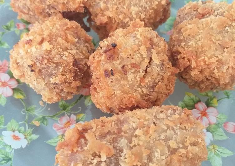 Kue keranjang goreng - cookandrecipe.com
