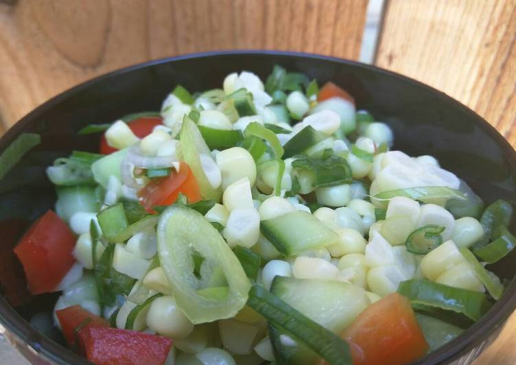 Picnic corn salad