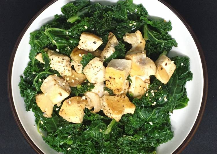 [Giảm cân #D_21] Ức gà xào cải xoăn kale (244calo)
