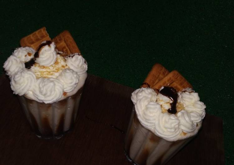 Simple Way to Make Favorite Parle-g Milkshake