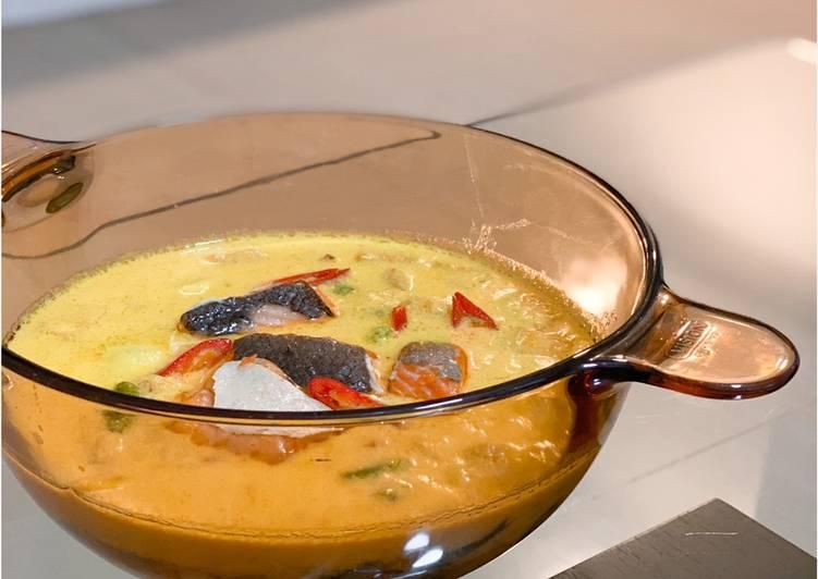 Salmon Lodeh