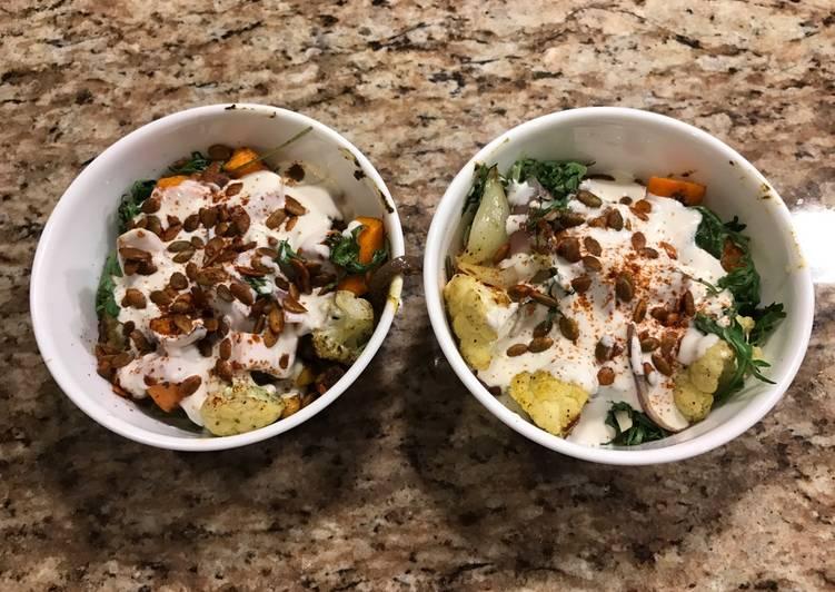 Veggie Quinoa Bowl w/ Spiced Chickpeas
